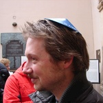 Tom's little hat for the Synagogue