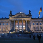 The Reichstag, Berlins parliament at night