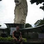 The great Tom mets the Merlion