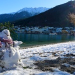 A pebbly snow man on Queenstown Beach